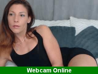 Maduras mamando pollas en webcam porno en directo