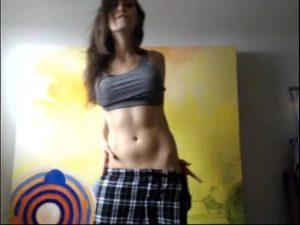 Masturbacion amateur webcam con sexy jovencita