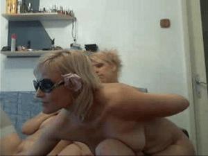 Viejas cachondas desnudas por Webcam