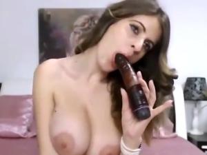Mujer Casada Masturbándose en Directo