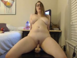 Gordita Deliciosa desnuda en Videochat