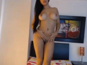 Paola baila muy Sensual por Webcam