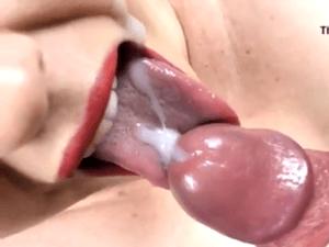 Corridón en la Boca con Tragada de Semen