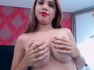 Linda Adolescente Desnuda frente su camara