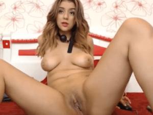 Maestra del Porno Enseñando Labios Vaginales