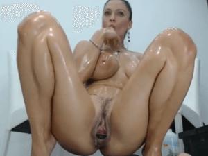 Putita Aceitada Realiza un Fantástico Show XXX