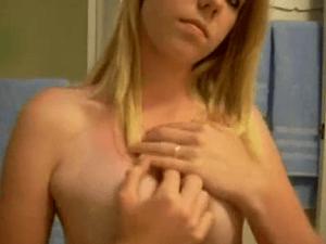 Rubia Divina por Webcam se Graba Manoseándose