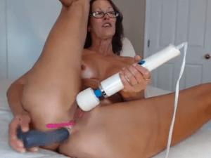 Señora Casada con Experiencia se Masturba en Cam