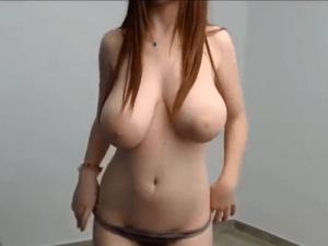 Joven bailarina con tremendas tetas Eyacula en Directo webcam