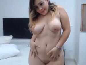 Gordibuena Culona Exhibe sus Curvas en la Webcam