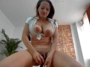Casada Infiel en Webcam Follándose con una Polla
